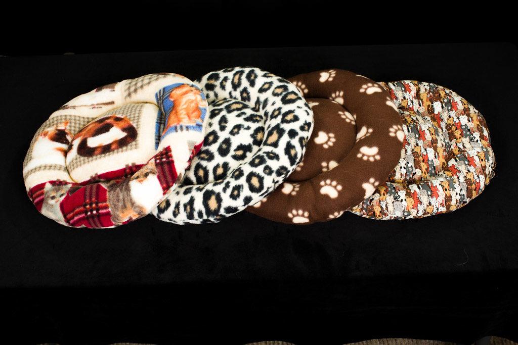 stellarrosa exotics kitty pillows